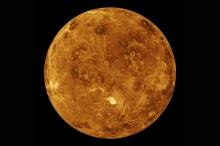 venus-surface-magellan-spacecraft